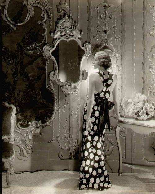 vintage, dress, and mirror image