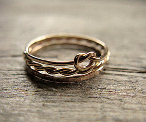ring and gold image