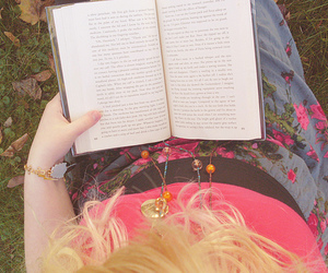 autumn, pretty, and reading image