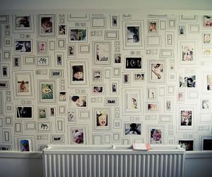 wall and photo image
