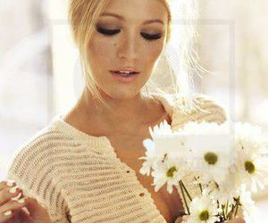 blake lively, gossip girl, and flowers image