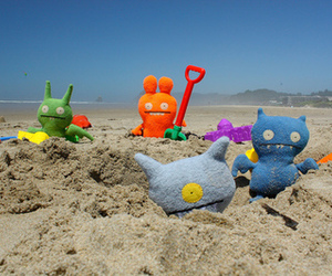 beach and ugly doll image