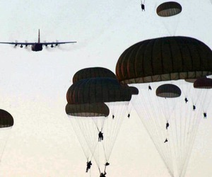 airborne and army image