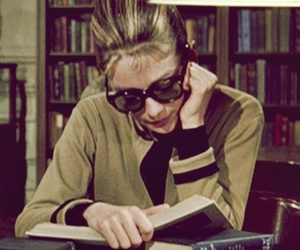 audrey hepburn, Breakfast at Tiffany's, and books image