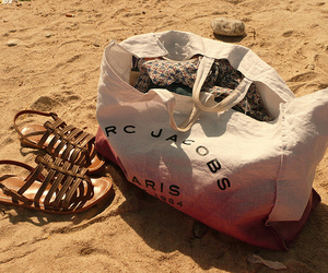 marc jacobs, bag, and beach image