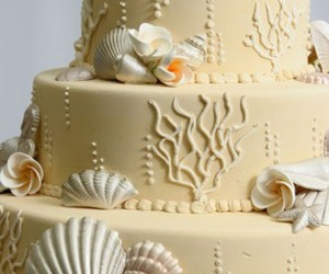 cake and sea image