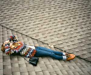 girl, roof, and vintage image