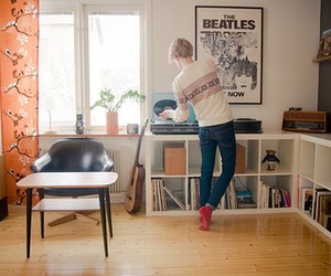 boy, room, and beatles image