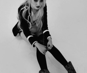 black and white, gossip girl, and Taylor Momsen image