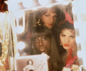 drag queens and to wong foo image