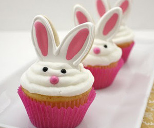 cupcake, lapin, and food image