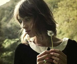 alexa chung and flower image