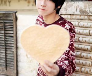 ulzzang, boy, and park hyung seok image