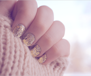 december, nails, and winter image