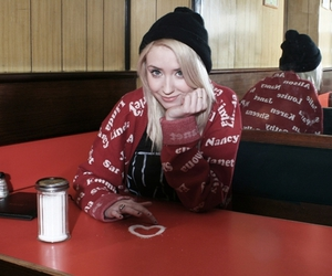 Lily Loveless, skins, and naomi image