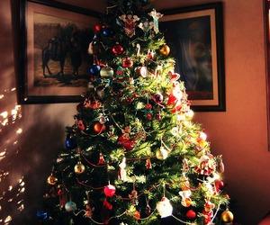 :), holiday, and santa image