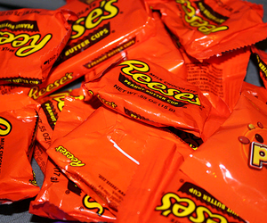 reese's, chocolate, and candy image