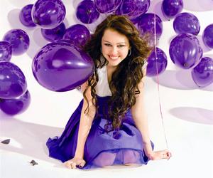 miley cyrus and balloons image