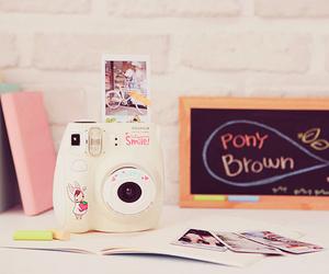 camera, kawaii, and pink image