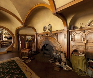 hobbit, shire, and hobbit house image