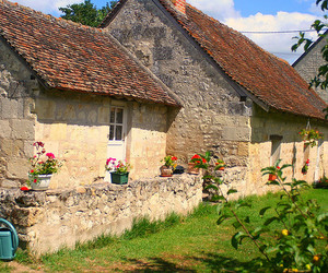 cottage, france, and LOIRE VALLEY image