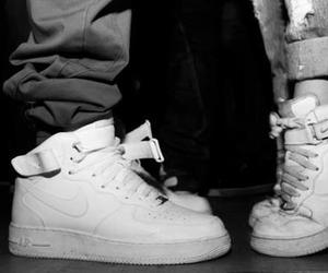 love, nike, and shoes image