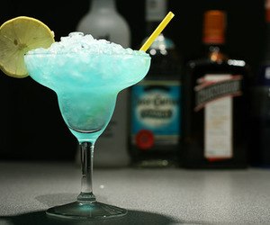 drink, blue, and lemon image