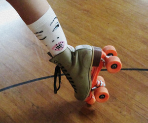 girl, rollerblades, and cute image