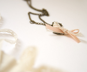 necklace and ribbon image