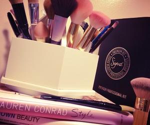 beautiful, books, and girly image
