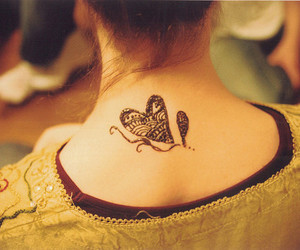 girl, henna, and tatto image