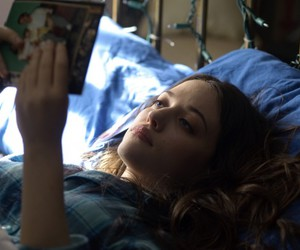 daydream nation and Kat Dennings image