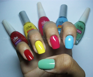 colorama and skittle nails image