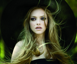 amanda seyfried, hat, and amanda image