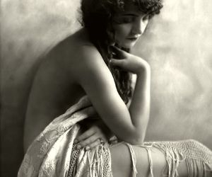 1920, old hollywood, and girl image