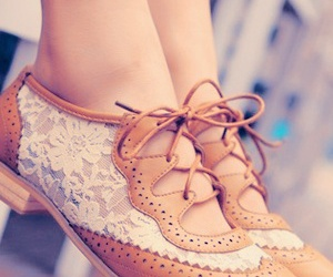 beautiful, oxford shoes, and retro image