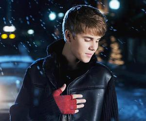 justin bieber, mistletoe, and christmas image