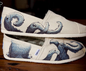 toms, octopus, and shoes image