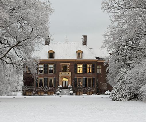 winter, house, and snow image