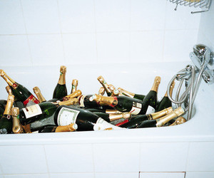 alcohol, bath, and champagne image