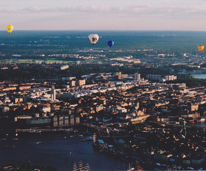 city, photography, and balloons image