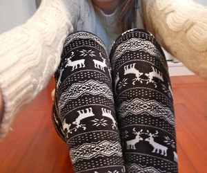 fashion, sweater, and leggings image