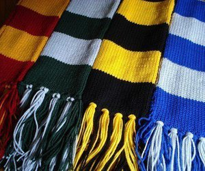 harry potter and scarf image