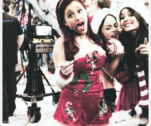ariana grande, christmas, and victorious image