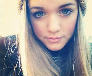 one direction, lottie, and lottie tomlinson image