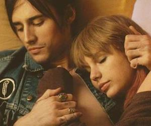 Taylor Swift, reeve carney, and i knew you were trouble image