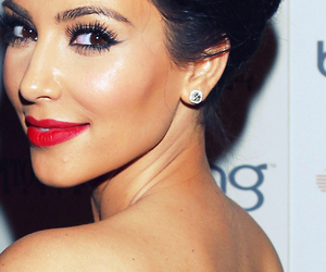 kim kardashian, kim, and red lips image
