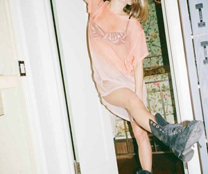 grunge, boots, and pink image