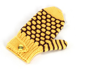 bee, knit, and knitted image