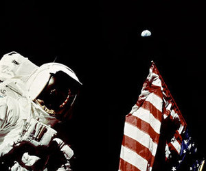 apollo 17 and astronaut image